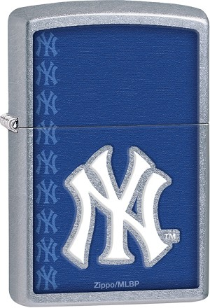 29111 - ZIPPO MLB New York Yankees, Street Chrome